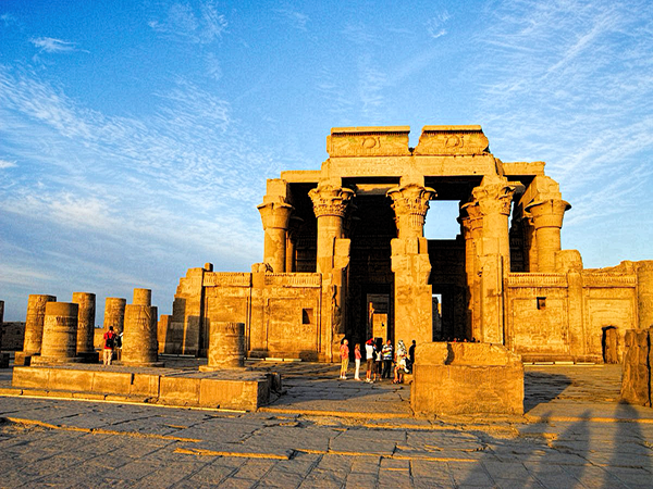 Egypt Tour Package - Cairo Luxor and Aswan